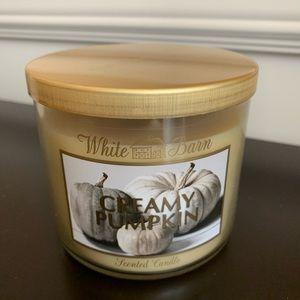 White Barn 3 wick Creamy Pumpkin scented candle